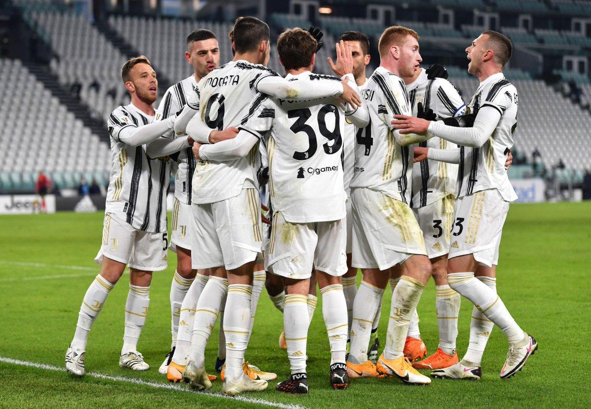 Juventus vào tứ kết Coppa Italia sau 120 phút kịch tính