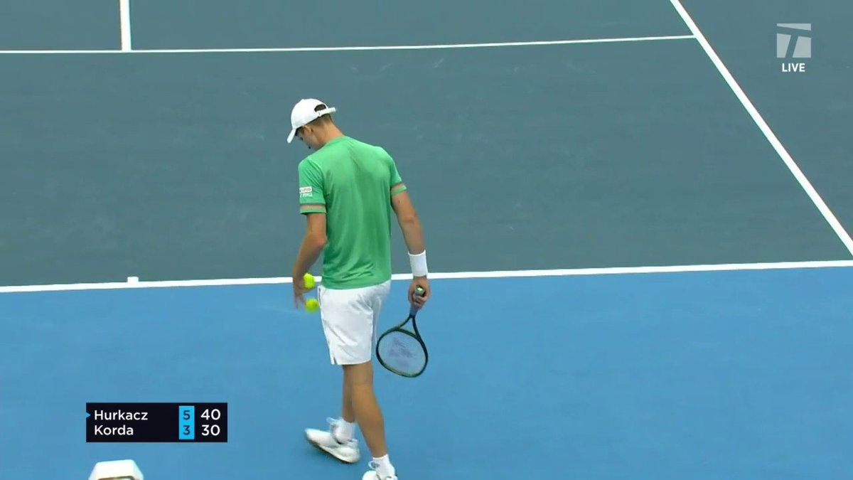 Hubi's head is in the game. 🤨  First set: @HubertHurkacz, 6-3. Can Korda keep up? Stream live on Tennis Channel → https://t.co/tPoe44TDv0  #DBOpen https://t.co/15zfQSiQ7R