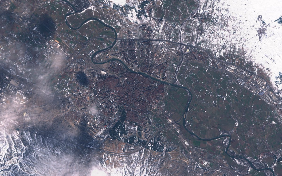 @bambino @dcabo @CopernicusEU Ahí va; #Zaragoza ❄️ #Filomena #Sentinel2 🛰️13-01-2021 #CopernicusEU