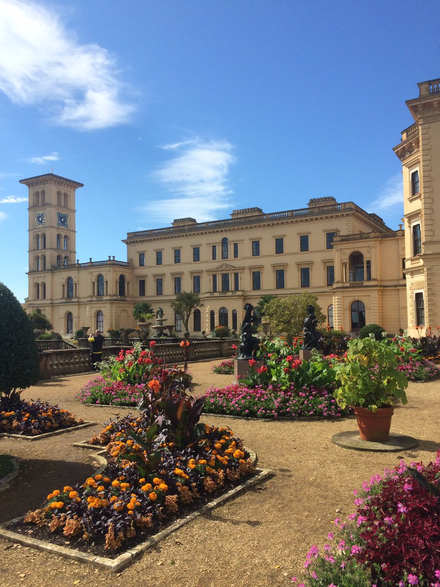 @VisitIOW @EHOsborneHouse Indeed a wonderful property and grounds https://t.co/PDH9NM2CTw