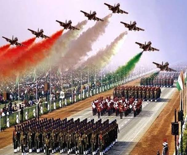 REPUBLIC DAY PARADE-2021 Ministry of Defence, GoI New Delhi has conveyed that in view of the COVID-19 scenario, only 25000 spectators are being invited for Republic Day Ceremony on 26th January, 2021. ..1/3.. @CPDelhi @LtGovDelhi @PMOIndia @HMOIndia  @DefenceMinIndia @DelhiPolice