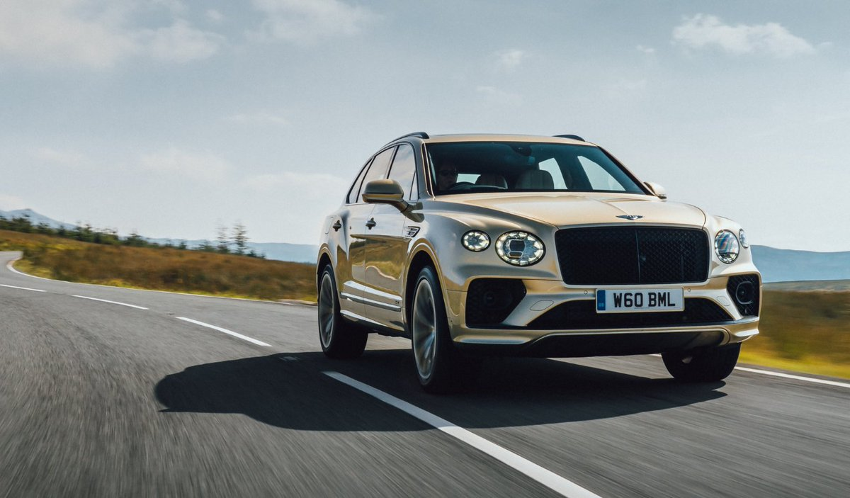 More emotion, less emissions. The #NewBentayga Hybrid. Configure yours: