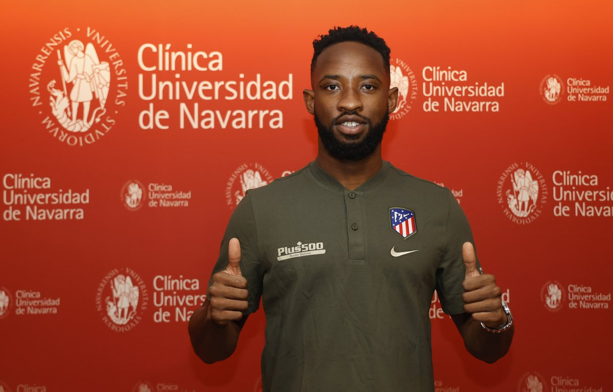 🔴⚪ #WelcomeDembélé  Our new striker passed his medical at @ClinicaNavarra before putting pen to paper🤩  🏧 #AúpaAtleti