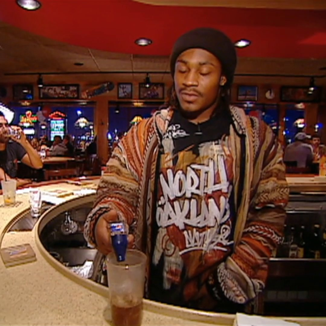 I'm so glad a new generation is rediscovering the Marshawn Lynch at Applebee's video.