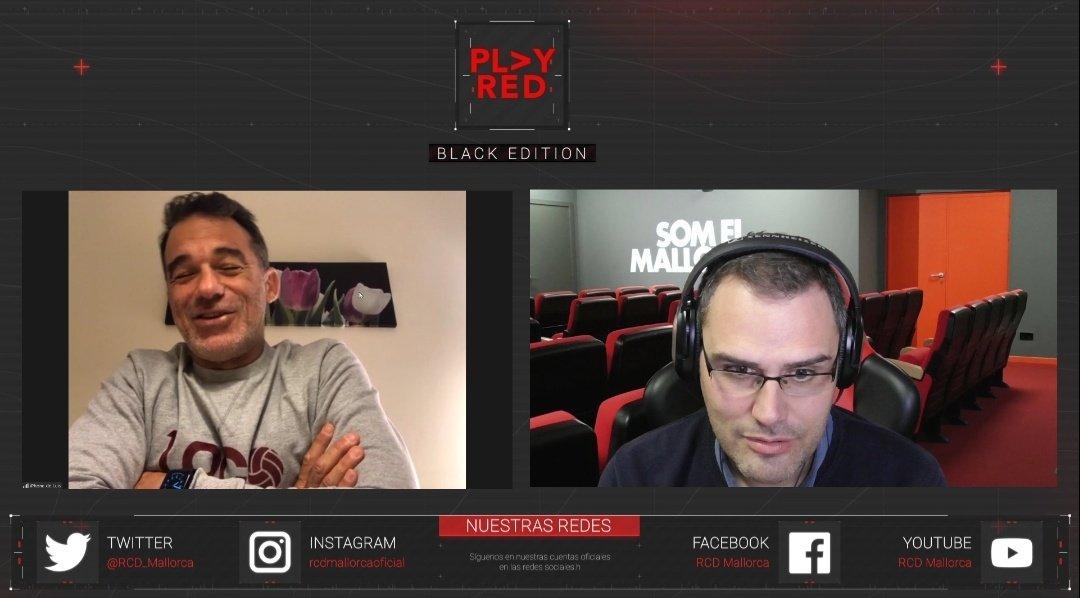 ¡Ya estamos en directo en nuestro canal de @TwitchES! 👺💪🏼  Hablamos con nuestro mister @LuisGarciaPlaza 🎙️