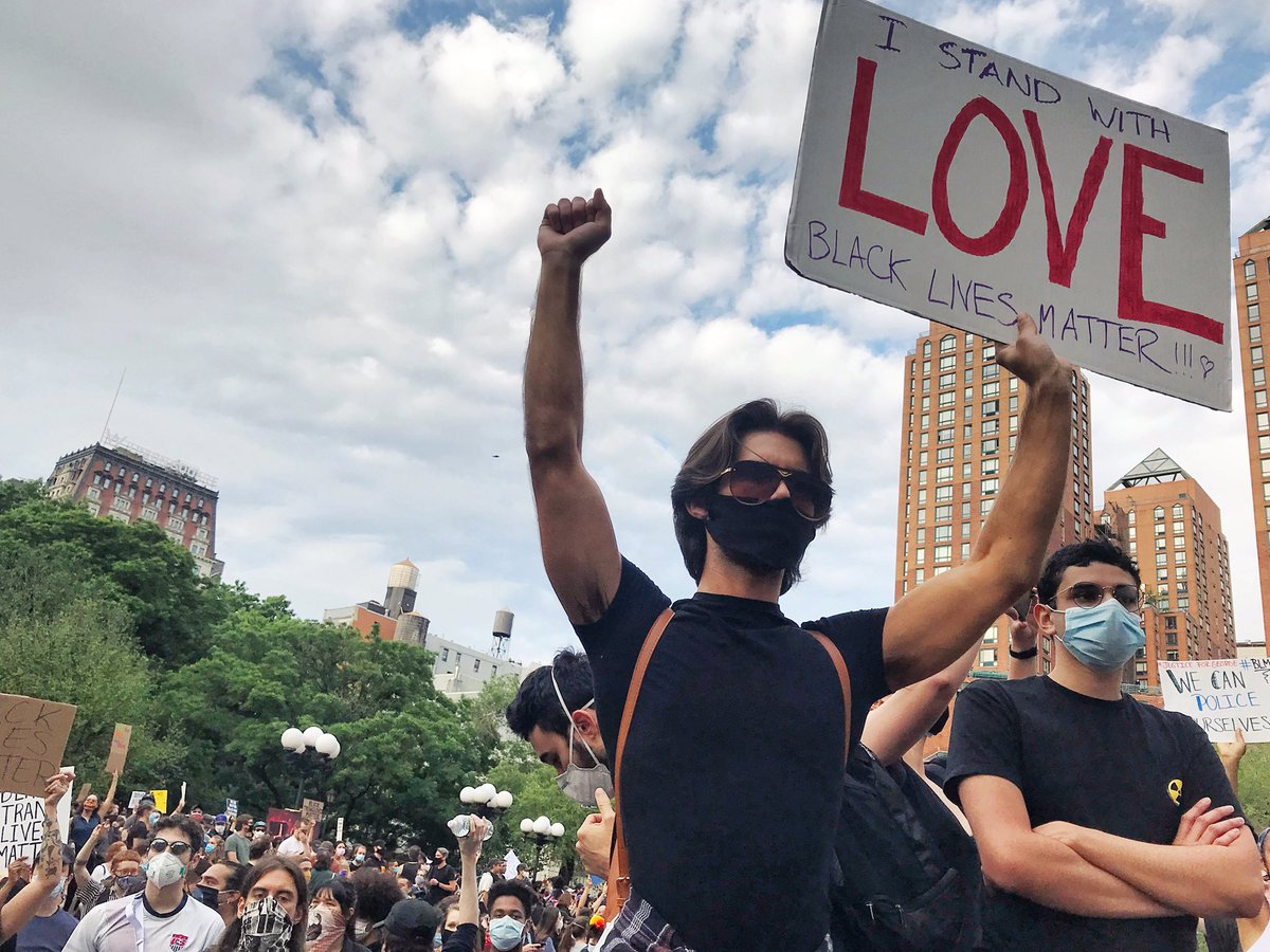 This is what a peaceful protest looks like. June 2, 2020  #unionsquare #blm #BlackLivesMatter #PeacefulProtests #ImpeachmentDay #amerikkka #AmericaOrTrump #ImpeachTrump #ImpeachAndRemoveTrump #Capitol #DrainTheSwamp #HumanRights #photography #activist #documentaryphotography