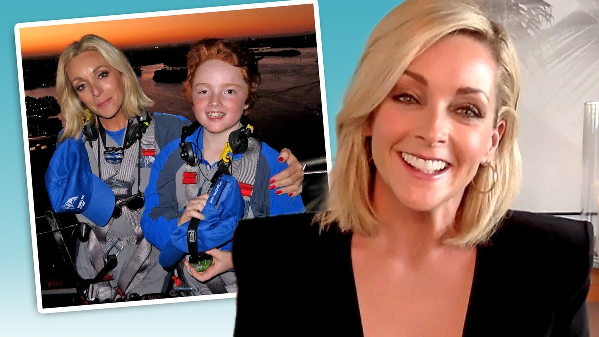 Jane Krakowski compares her IRL parenting style to that of the characters she's played: