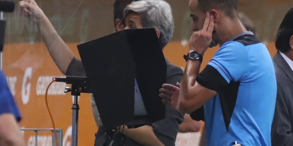 ¡Ponga atención! Los audios del VAR en polémicas de Palmeiras-River. Conozca cómo se gestaron las decisiones y la comunicación de los jueces 👉 https://t.co/qNwF10IEY3 https://t.co/jpTxf33LHb