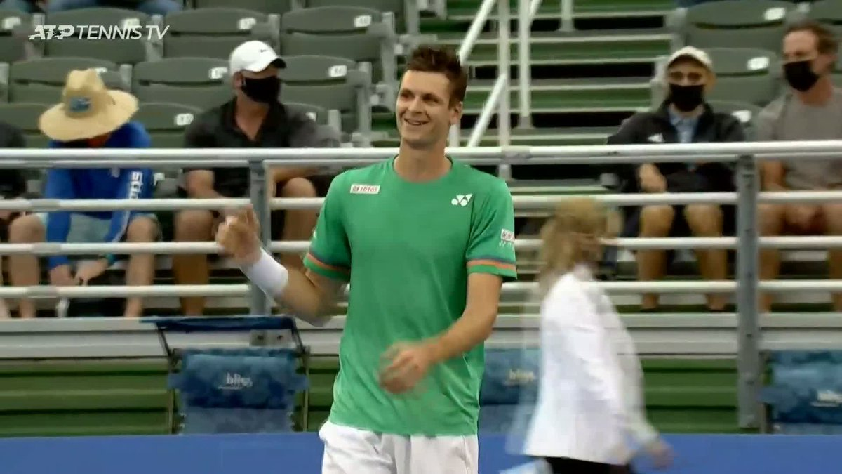 Winners are grinners 😁  🎥: @TennisTV | @HubertHurkacz | @DelrayBeachOpen   https://t.co/exKnBdOF8b