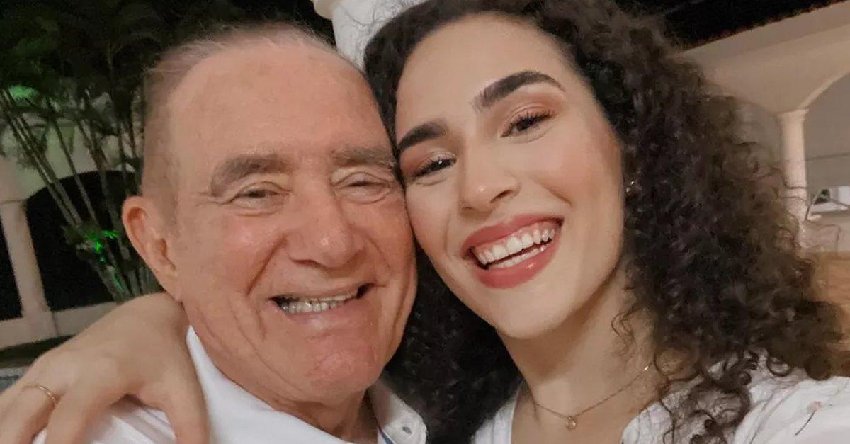 Renato Aragão faz 86 anos e recebe homenagem da filha, @LivianAragao: 'Maior exemplo de ser humano'. Vem ver essa declaração fofíssima! 🥰🎂#GshowFamosos →