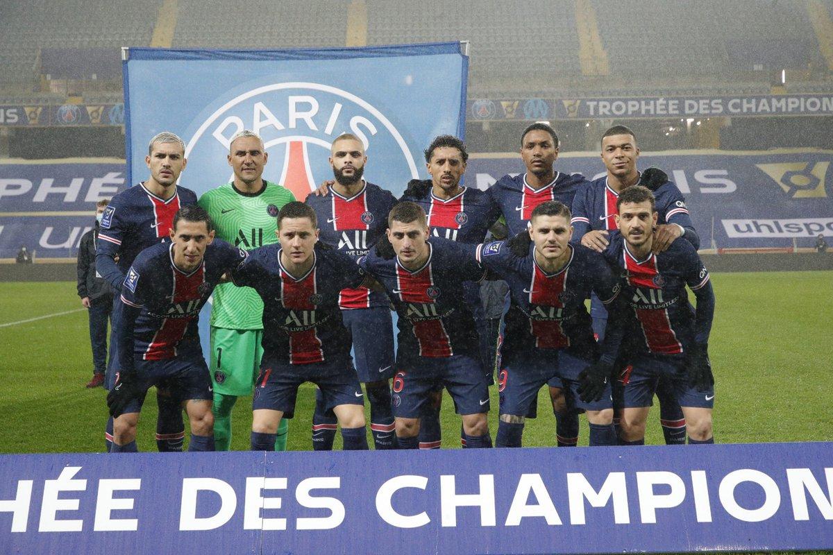 #AcciónDeSelección Leandro Paredes y Ángel Di María, dos de los últimos convocados en @Argentina, se consagraron en la Supercopa de Francia con el @PSG_espanol 🏆  👏 ¡Felicitaciones! 🔝  📝
