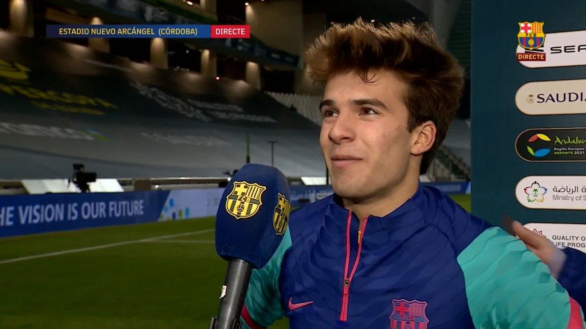 Replying to @FCBarcelona_es: 😍 @RiquiPuig & @AntoGriezmann