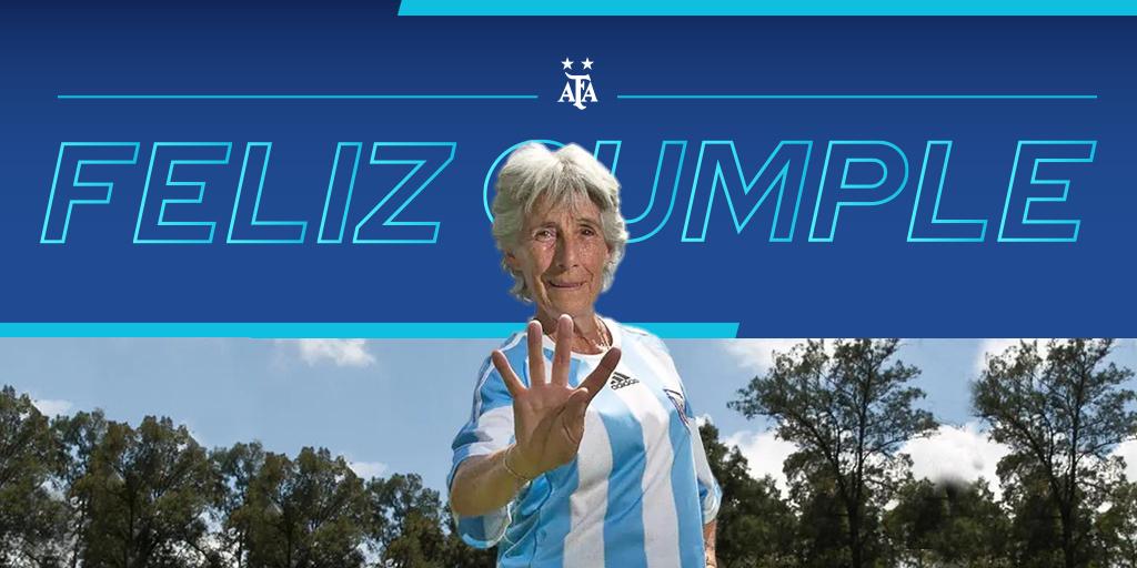 #SaludoAlbiceleste 🇦🇷 Elba Selva, ex jugadora de la Selección @Argentina y pionera del Fútbol Femenino, cumple 76 años. ¡Felicidades! 👏👏