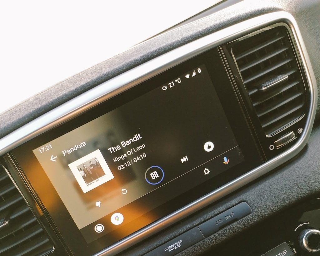 No es la mi favorita de todas pero siempre es bueno escuchar algo nuevo thanks @KingsOfLeon #TheBandit