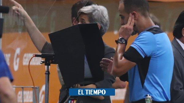 ¡Ponga atención! Los audios del VAR en polémicas de Palmeiras-River https://t.co/5EC4pRcTnK https://t.co/m7wIfbJBER