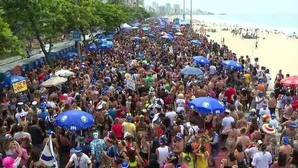 Governador em exercício sanciona projeto de lei que prevê carnaval fora de época no RJ  #G1