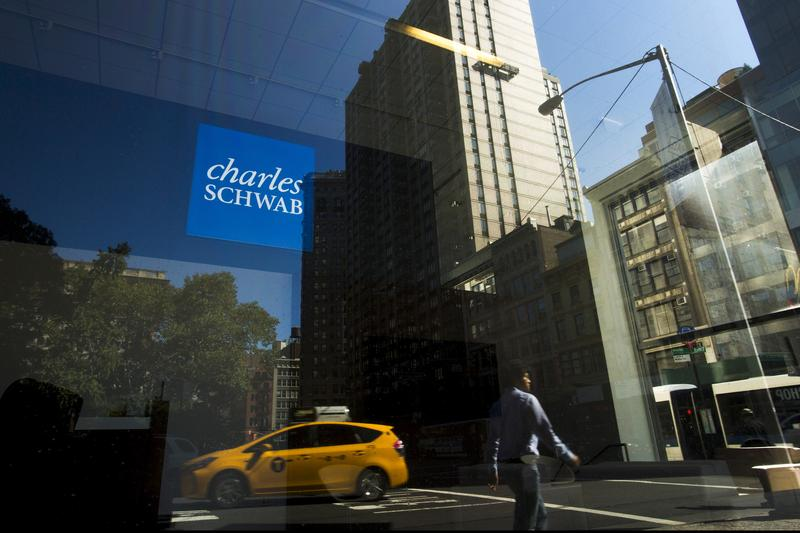 Charles Schwab to stop political donations https://t.co/bQU0MMUkq3 https://t.co/7v0606VG9T
