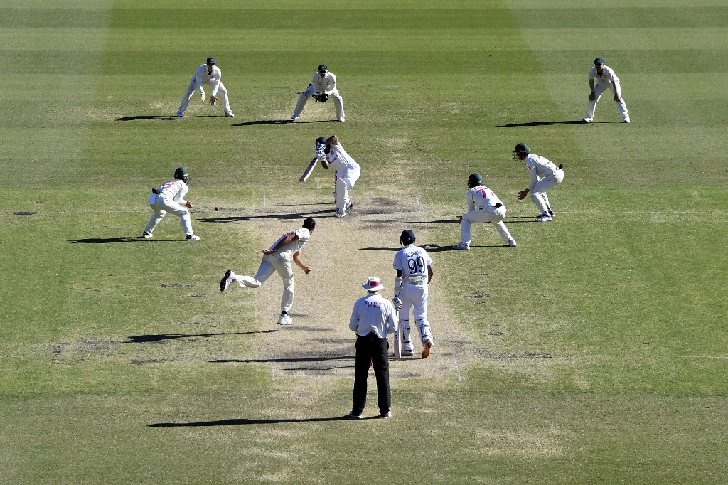 The #SydneyTest has inspired some great writing...  Being in love with cricket by @sidvee, @prithinarayanan's emotional rollercoaster when watching Ashwin bat, and five other reads from around the web about India's epic draw at SCG.   READ: