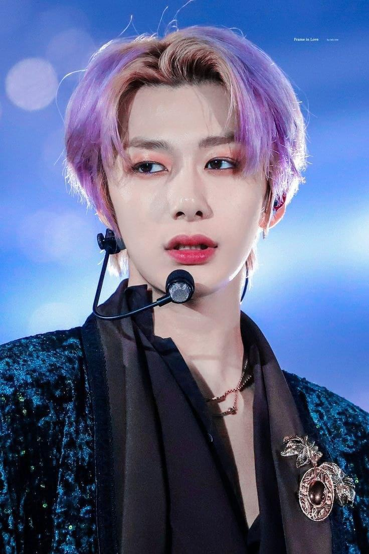 ❤you are a very beautiful person, remember that we love you very much, take care we love you. #HyungwonweloveyouMONBEBES❤️  #HappybirthdayPrinces🐢