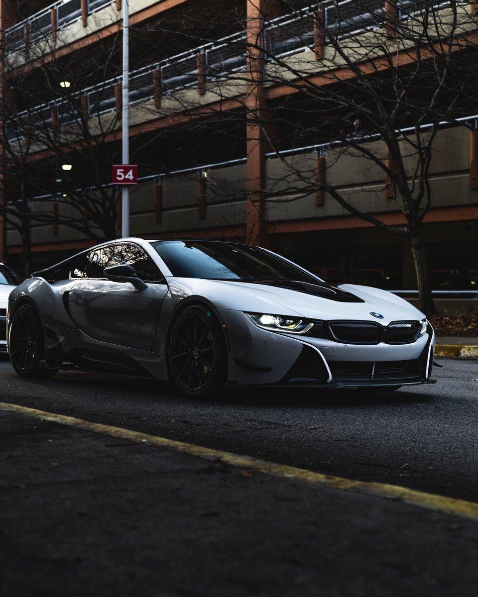 @BMW i8 ⚡️⚡️#carphotography #bmwi8