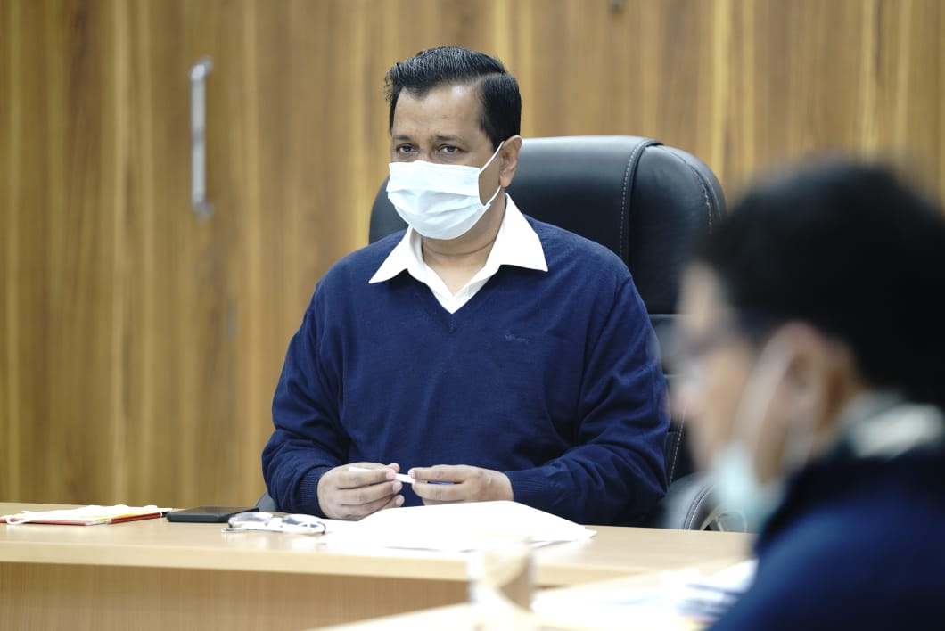 Hon'ble CM Shri @ArvindKejriwal chaired a review meeting of the preparations made for the Delhi Govt's COVID vaccination rollout plan.