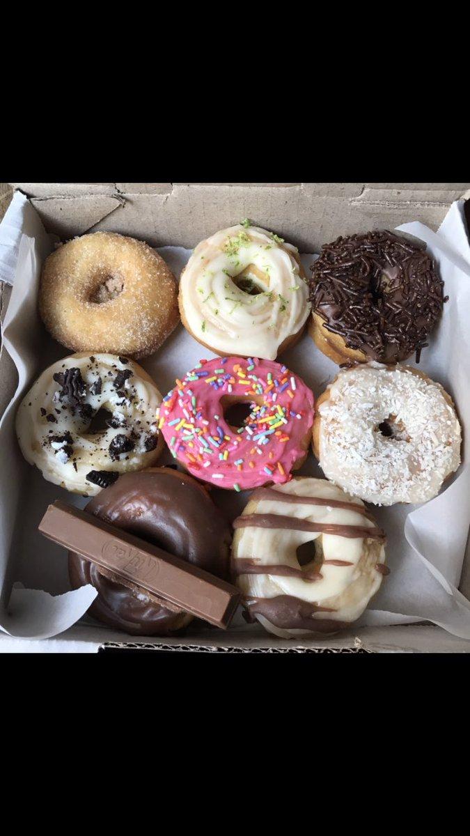 @RedeGlobo @hora1 Oi gente, estou aqui passando pra mostrar um pouco do meu trabalho, um like já vai ajudar mas se puder seguir vai ser ainda melhor!donuts recheados com muito amor, me sigam e conheçam meu trabalho ♥️