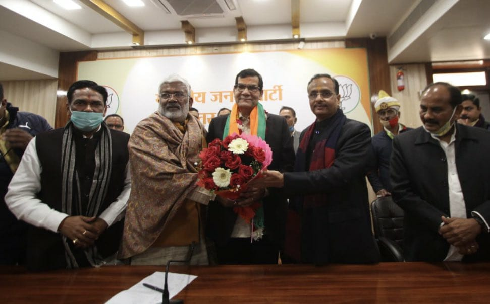AK Sharma joins BJP after resigning from Indian Administrative Service