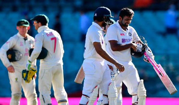 Injury-ravaged India look to tame Australia at the Gabba Photo