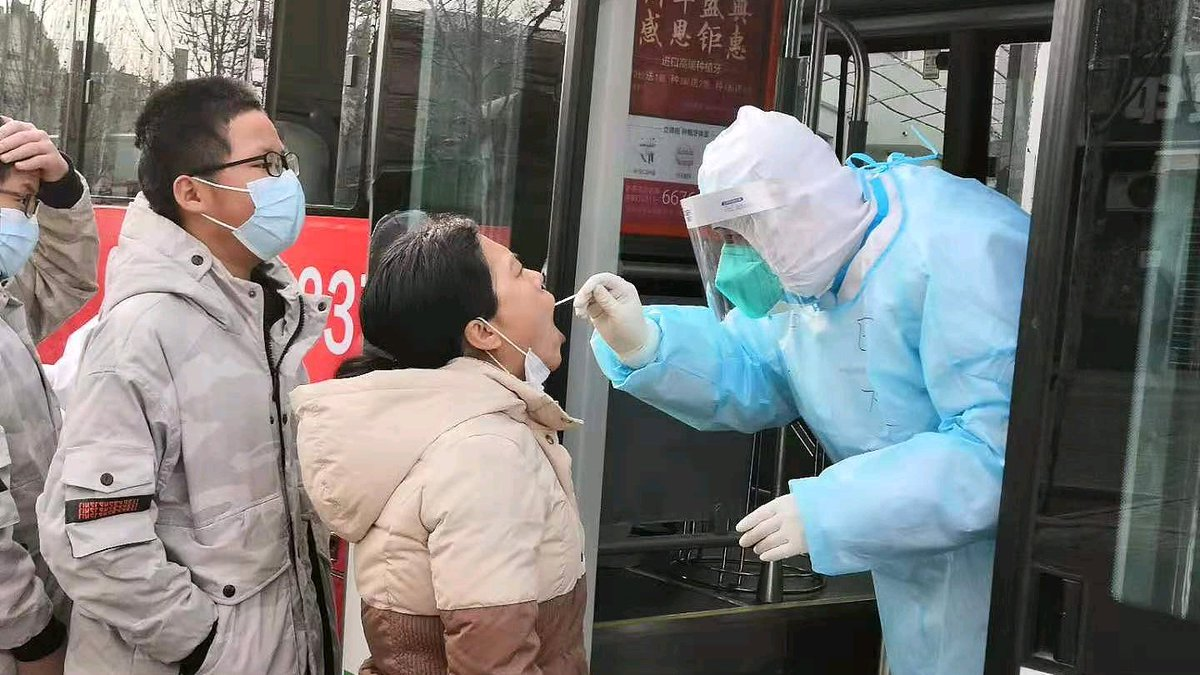 Latest on #COVID19 hotspot in N #China's Hebei: - 523 confirmed cases, one death and 320 asymptomatic cases since January 2 - First batch of 12 patients recovered and discharged on Thursday - Second round of tests to be finished on Thursday evening