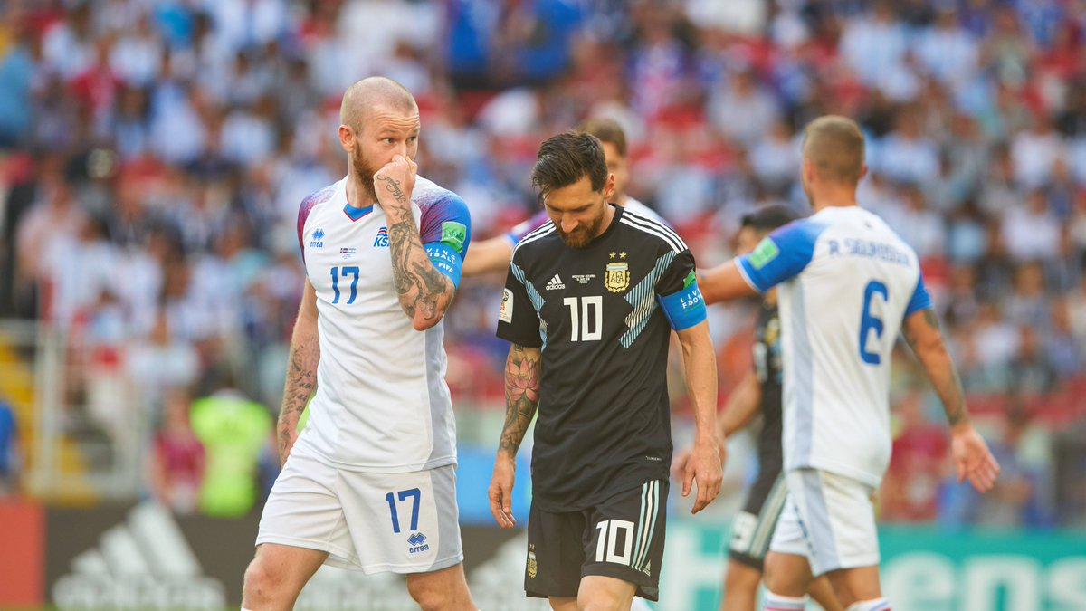 🇮🇸 Iceland's troubles & #WorldCup hopes 🔥 Wonder goals & life in Qatar 🧙‍♂️ Marking Messi in Russia 😲 That amazing back tattoo  🗣️ Aron Gunnarsson speaks about all this and more in an exclusive interview  @ronnimall | @footballiceland | @alarabi_club  👉