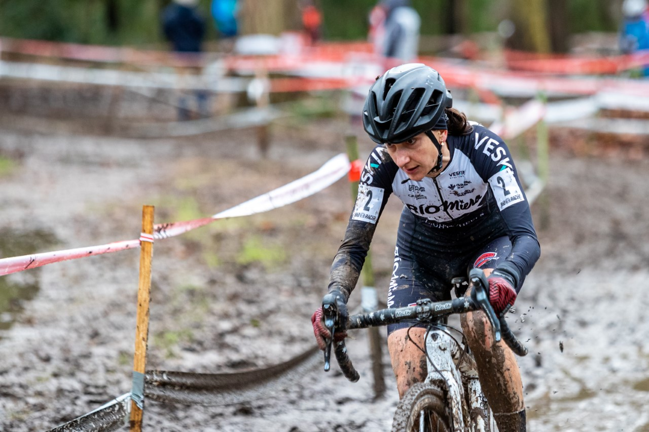 ErrhT17XMAApXGd?format=jpg&name=large - Entrevista a Aida Nuño, la Reina del ciclocross en España