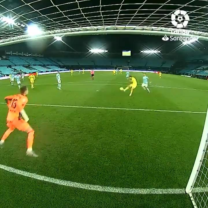 Moi Gomez scored his first goal of the season in #CeltaVillarreal! 💥💛  #LaLigaSantander | #YouHaveToLiveIt