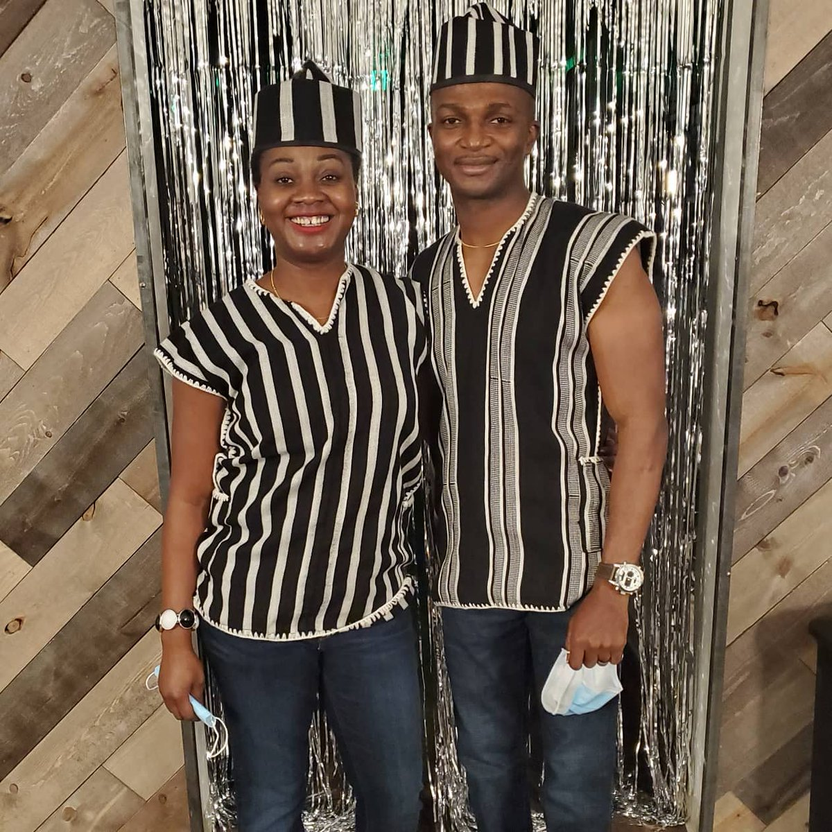 """😍 Wow! Congratulations and shout out to this beautiful US based #Yoruba couple @AdeolaFayehun and hubby @victorfayehun on their 10th wedding anniversary. You both look super great on """"a-nger u Tiv"""" You guys rock! 🦓😍🇳🇬 One Nigeria 🙌  #10thanniversary #couplegoals #sweet #Tiv"""