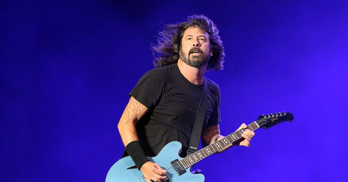 Happy birthday to Dave Grohl, we hope to see you over a stage soon! -