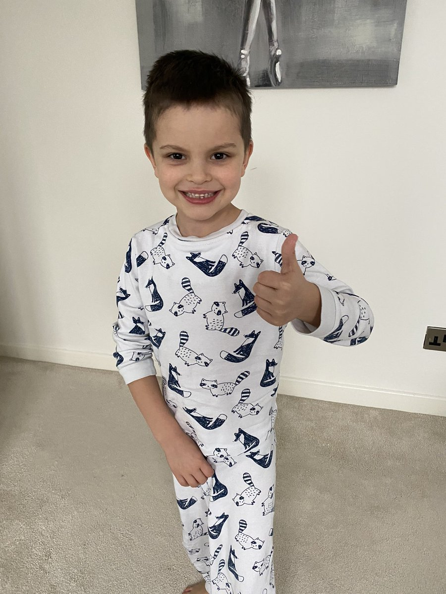 We've had the blood results back from @AlderHey and James is no longer Neutropenic 🙌  He's starting back on his oral chemotherapy tonight!