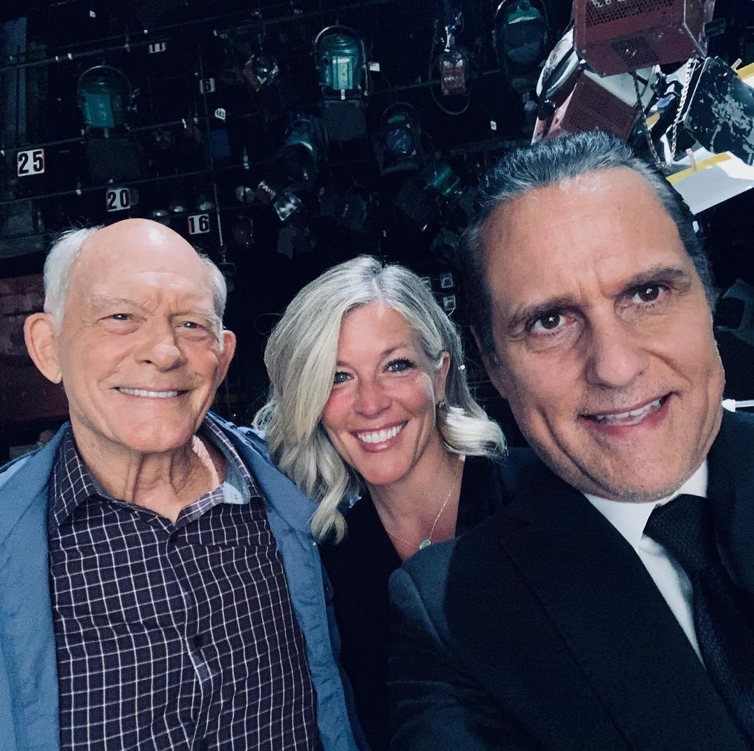 We loved seeing @MaxGail back on our screen with @MauriceBenard @lldubs - will Sonny reunite with Carly??? #ThursdayThoughts 🧐