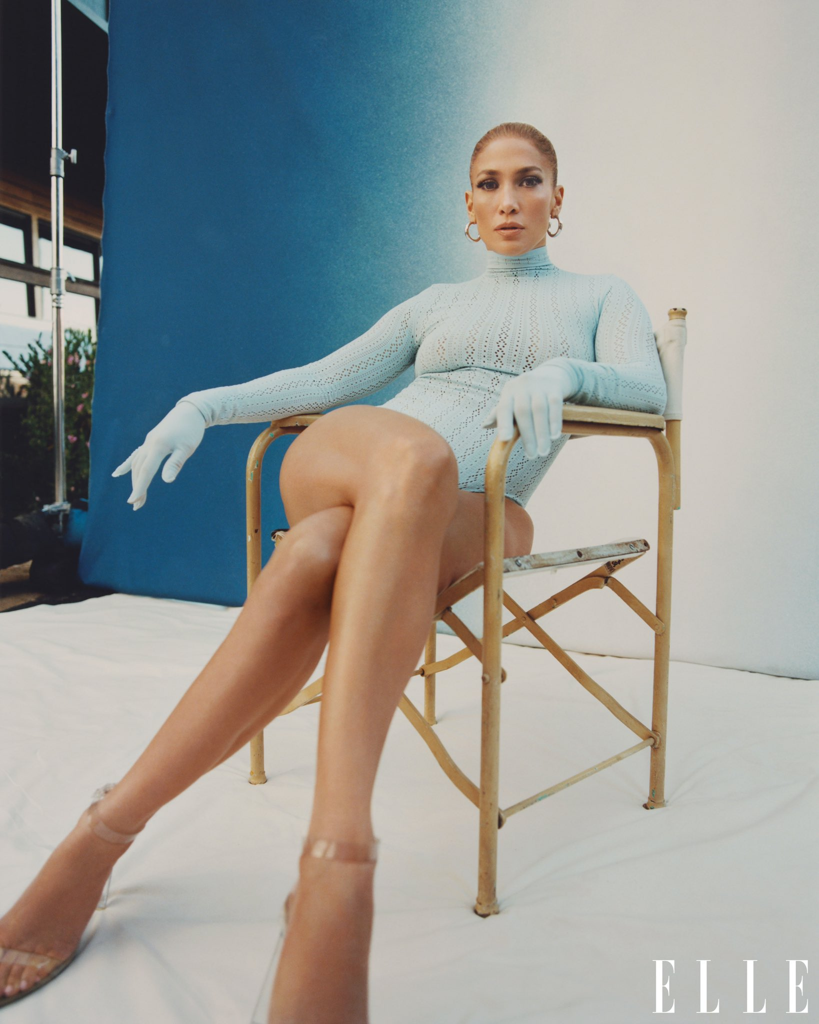 Jennifer Lopez - Σελίδα 5 Ers4kEYVEAQEhwL?format=jpg&name=large