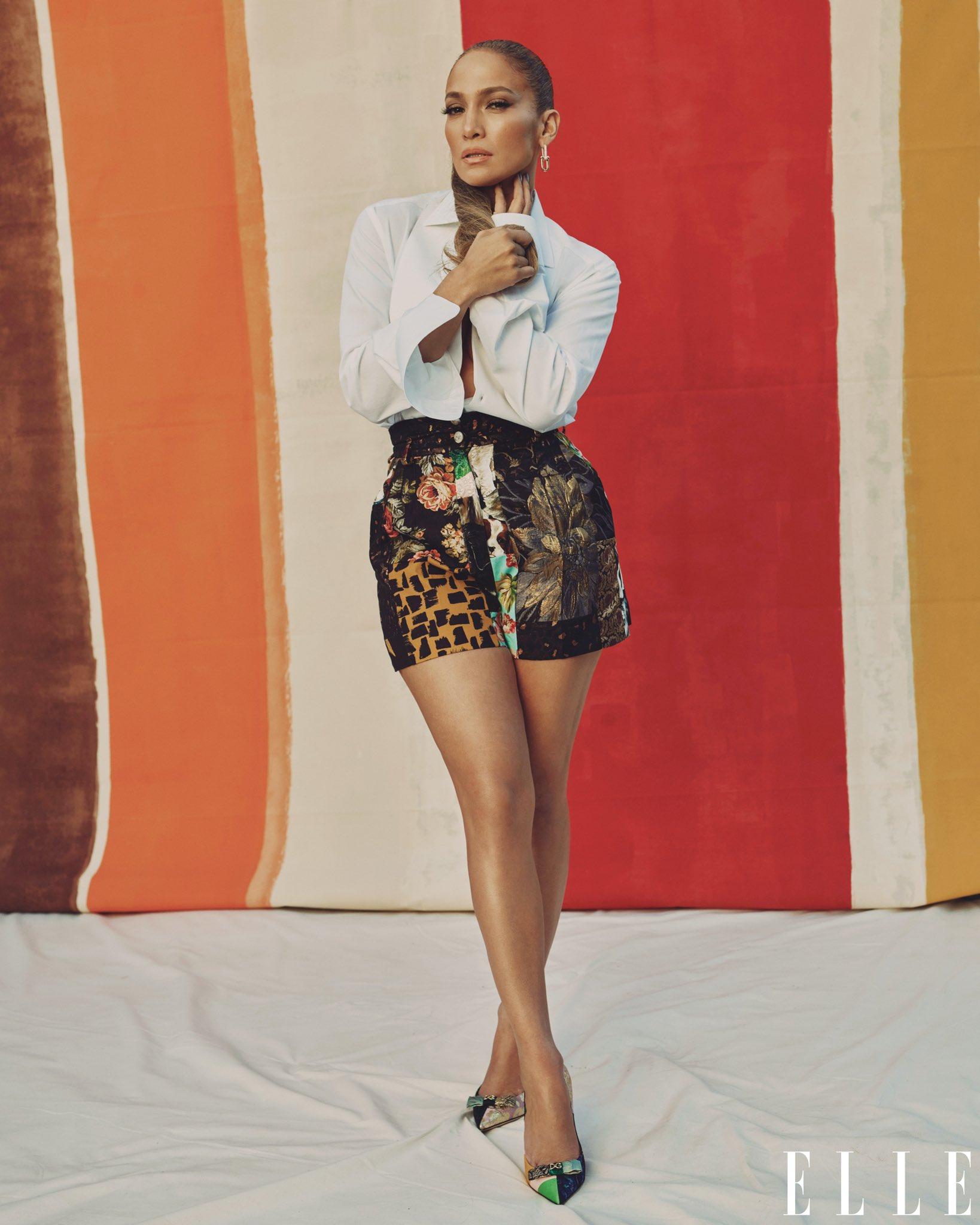 Jennifer Lopez - Σελίδα 5 Ers4kmPUYAg4QnS?format=jpg&name=large