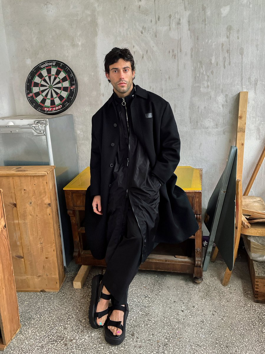 For a new shoot with Aaron Altaras, the actor was photographed in Berlin wearing a full Valentino Men's look, including the VLTN Tag coat and zip sweater.  Photographed by German Larkin