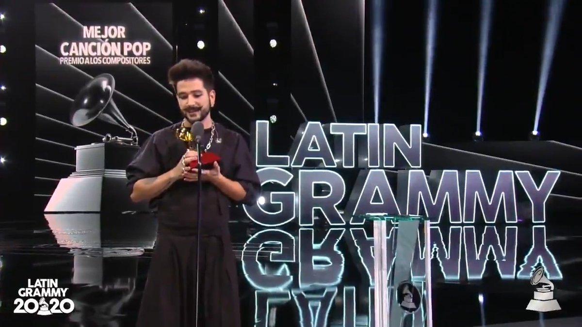 """""""La honestidad es el camino al éxito..."""" 🙌🎵❤ @CamiloMusica #TBT #LatinGRAMMY"""