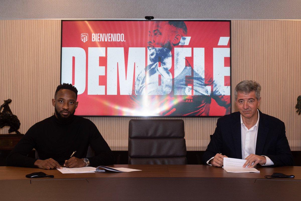 🔴⚪ #WelcomeDembélé   📸 New player, new shirt! 🤩  🏧 #AúpaAtleti