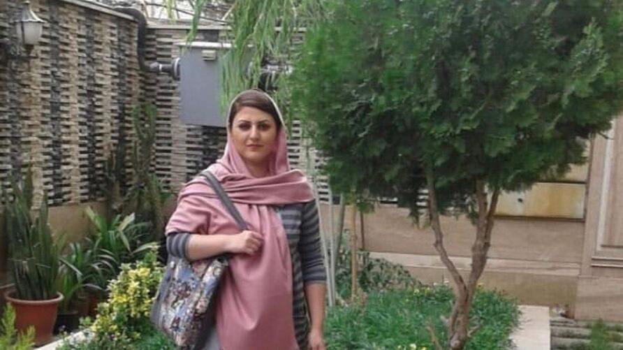 با گذشت یک ماه از انتقال همراه با ضرب و شتم #گلرخ_ابراهیمی_ایرایی ، #زندانی_سیاسی از #زندان_قرچک #ورامین به بازداشتگاه اطلاعات #سپاه موسوم به بند ۲ الف #زندان_اوین کماکان اطلاعی از وضعیت او به دست نیامده است. #گلرخ_ایرایی  #زنان #حقوق_بشر #ایران_آگاه