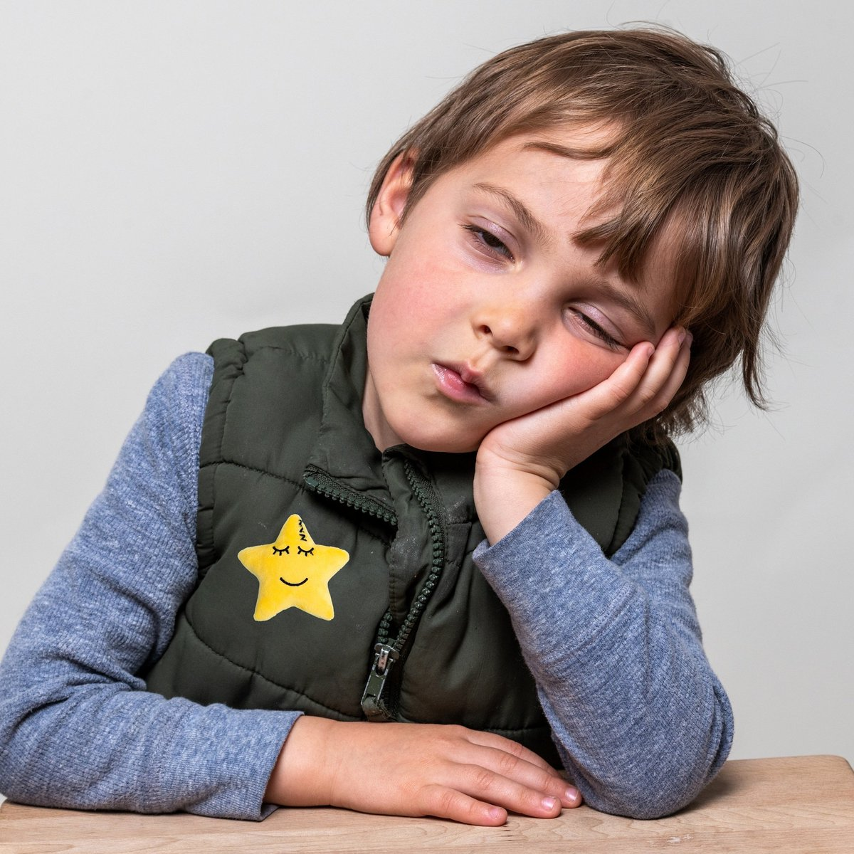 He's tired, cranky, and non verbal.  He gets his message across by wearing Sleepy Star. My Mood Stars...a highly effective emotion communication resource. #childemotionalwellbeing #nurserymanagers #primaryschool #EYtwittertagteam #MotherOfMoodStars