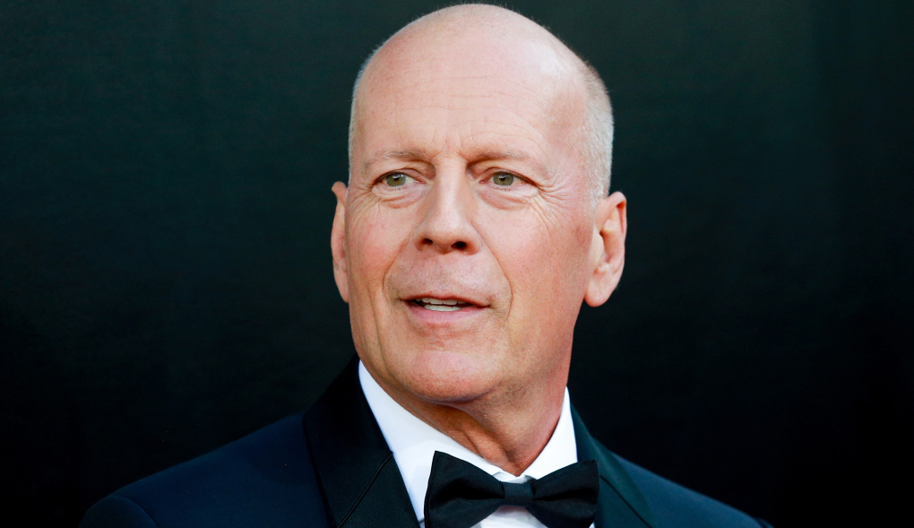 Bruce Willis kicked out of store for 'refusing' to wearing mask Photo