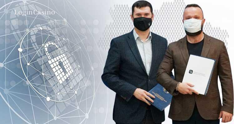 🔥 КРАІЛ і Держспезв'язку уклали меморандум 👉 https://t.co/Q10yLQz9Qs ✅ Як повідомила КРАІЛ  на своєму вебсайті, 12 січня вона уклала меморандум із Державною службою спеціального зв'язку та захисту інформації України про співпрацю в напрямі кібербезпеки. https://t.co/kGmO9Xnpsh