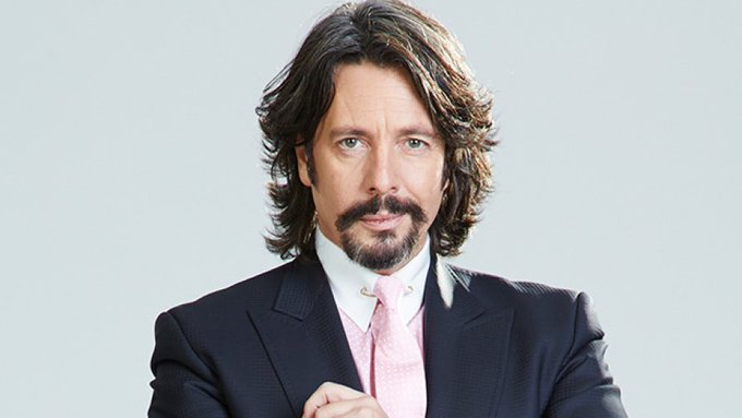 Happy birthday Dave Grohl 52 today x