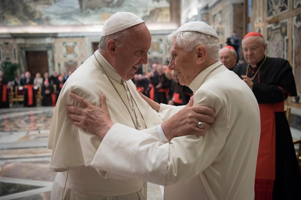 Papa Francisco e Bento XVI são vacinados contra a Covid no Vaticano  #G1