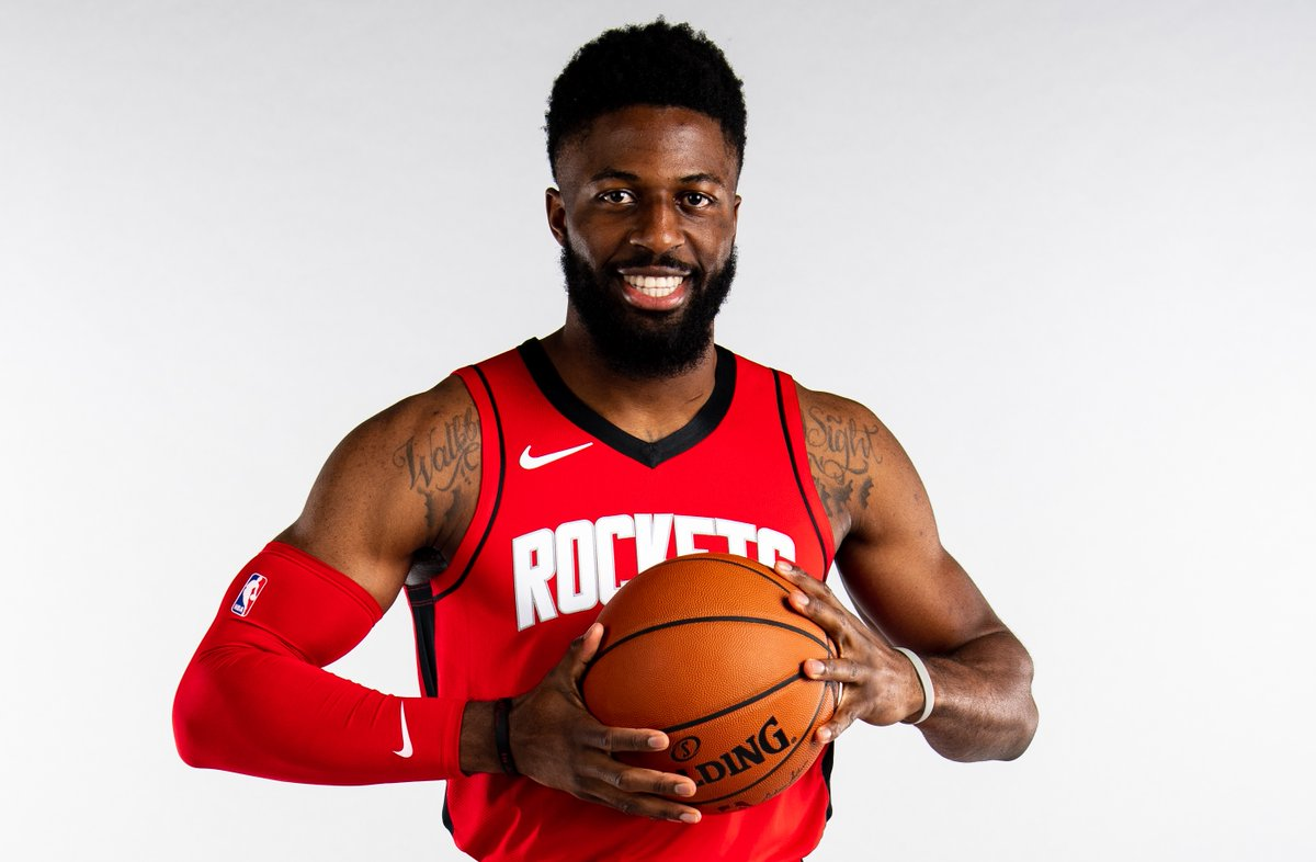Join us in wishing @dnwaba0 of the @HoustonRockets a HAPPY 28th BIRTHDAY!  #NBABDAY #Rockets