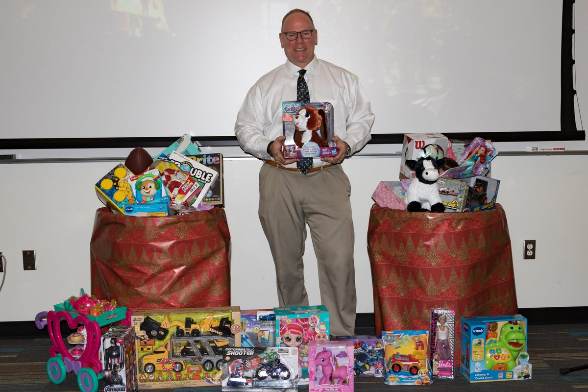 Over the recent holidays, MATRIC donated toys to WV Secret Santa! Employees generously donated over 25 new gifts, which were picked up at Ball Toyota by parents from Kanawha and Boone County. MATRIC is overjoyed to give back to families in need…#MATRICmatters #WV #holidaygiving