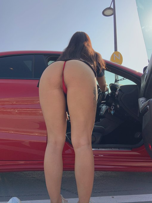 2 pic. Who is coming for a ride?? https://t.co/Lxb3tHOAKy